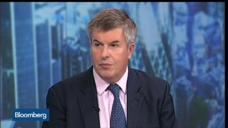 Carney is Correct in Warning U.K. Banks: MacKinnon