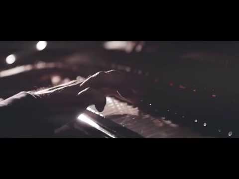 Sunny Brown - Teri Yaad Mein - Music Video