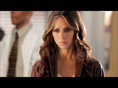 Top 10 Jennifer Love Hewitt Performances
