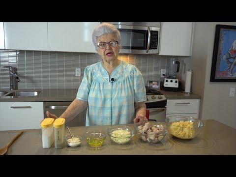 Szekley Gulyas (Goulash With Sauerkraut And Pork)