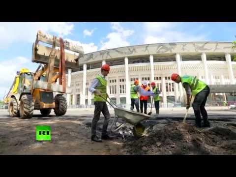 Confederations Cup: Stan & Neil help rebuild Moscow's Luzhniki stadium