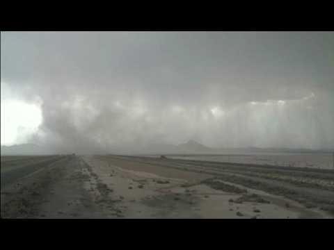 Winds, blowing dust closes I-10 at New Mexico-Arizona border