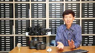 나의 필름카메라와 새로 구입한 캐논 디지털 카메라