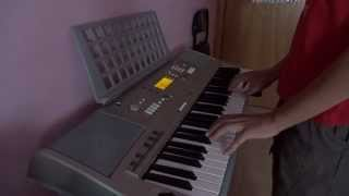 Otilia - Bilionera on keyboard