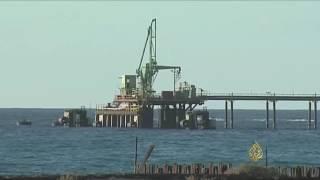 حرب النفط تلخص المشهد السياسي الليبي