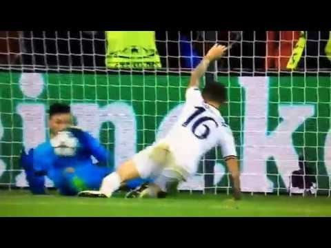 Hugo Lloris worldy save..... champions league versus Bayer Leverkusen..... Oct 18th 2026