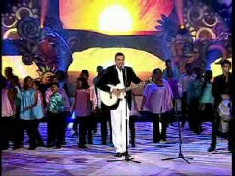 Salman, Anil Sing And njoy with Boman (Give me some sunshine)