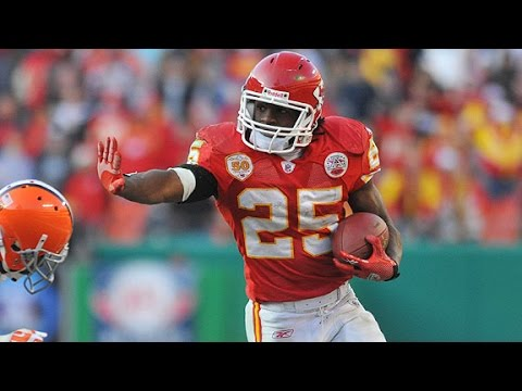 Should The Eagles Sign Jamaal Charles?