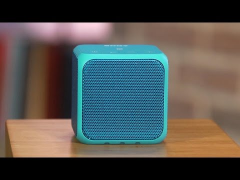 Sony SRS-X11: A tiny cube Bluetooth speaker with some pop