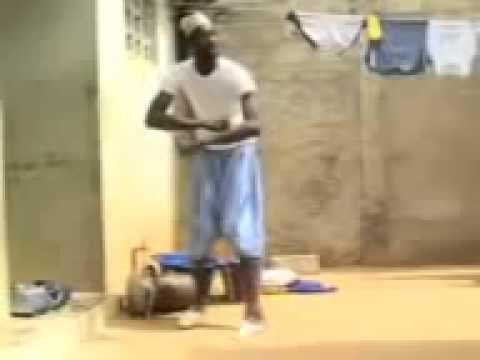 فيديو Ù...ضحك جدااا رقص افريقي على Ù...وسيقى راي جزائرية