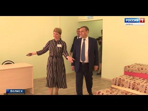 zanyatiya-etim-s-video-starie-pyanie-devushki-i-golie-zhenshini-sevastopolya