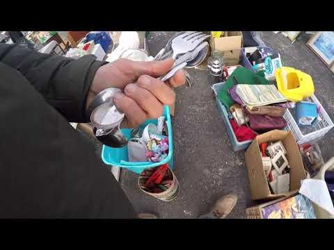 Flea Market Treasures! Always On The Hunt! Sombreros, Dibblers & More!