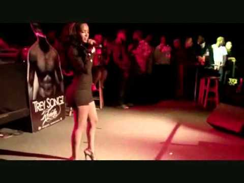 Angel Lola Luv Sings A Quick Acapella  Ima Star  Verse + Performance With Trey Songz On Stage + Acap