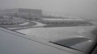 Landing Toronto Pearson International Airport Snow