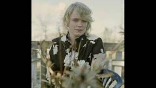 Ane Brun - headphone silence (Henrik Schwarz dixon edit)