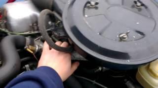 видео Moskvitch 412 Cold Start (-9°C) (Холодный запуск Москвича ИЖ-412)