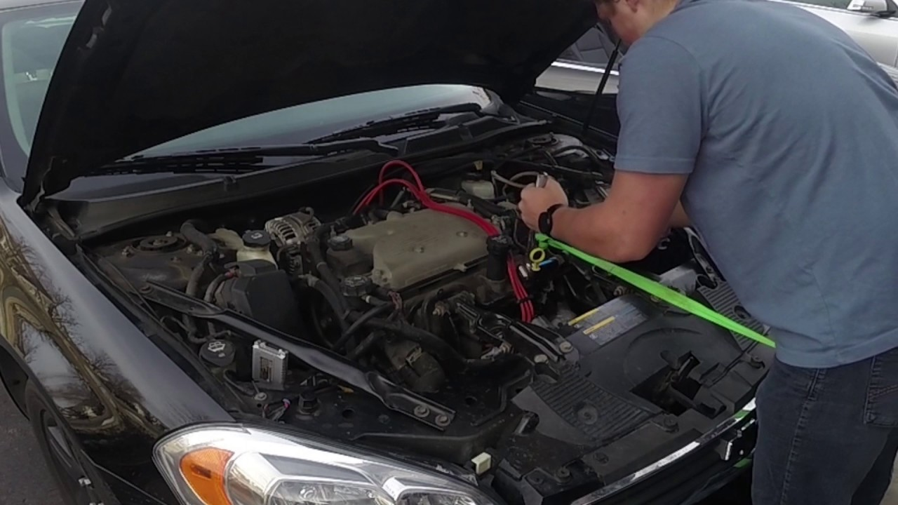2007 chevy impala ltz 3 9l changing sparkplugs and wires [ 1280 x 720 Pixel ]