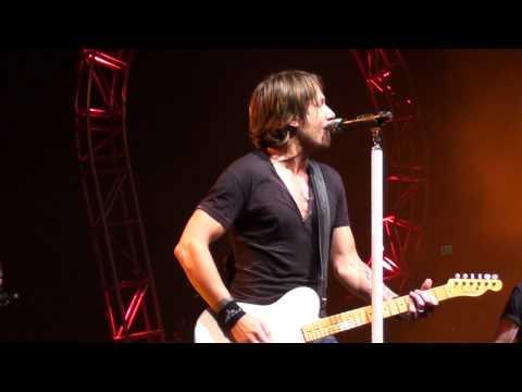 Keith Urban - You Gonna Fly - Get Closer Tour 2011