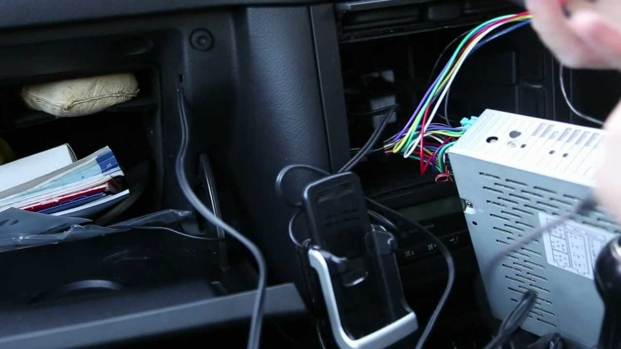 MP3iPhoneAUX Connection for VW Golf  Removal & Fitting of VW Golf Mk4 Gamma Radio  YouTube