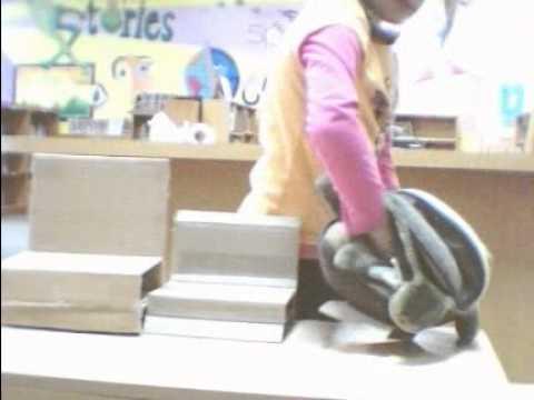 Hockessin Montessori School COMPUTERTOTS Goldilocks gp2.avi