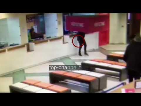 Video e grabitjes, kamerat regjistruan personin që sulmoi  - Top Channel Albania - News - Lajme