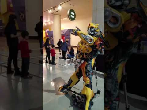 Museum of science and industry student robots