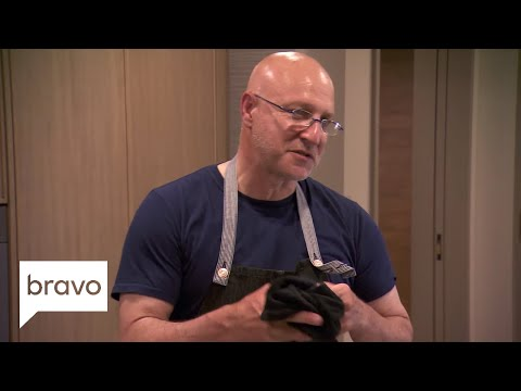 Top Chef: Tom And Graham Cook A Delicious Meal For The Top Two Chefs (Season 15, Episode 14) | Bravo