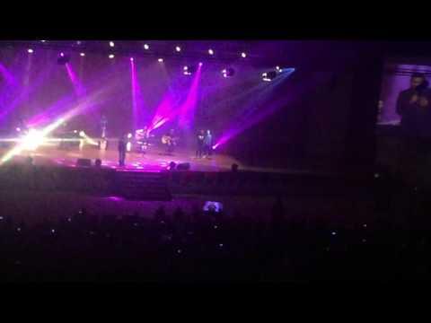 Projector band mengegarkan peminat di perak dengan lagu Aishah sempena MBOR