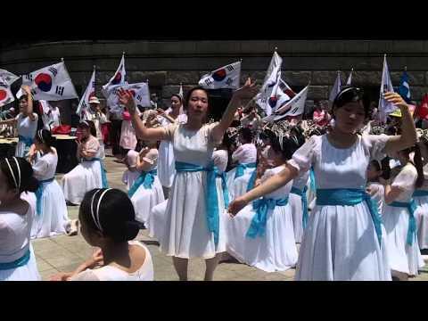 Crazy Korean Christians I -- Queer Culture Parade (Blue Danube Waltz I