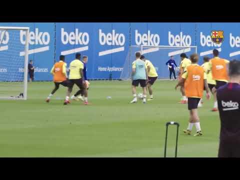 Download Barcelona training session 1st/06/2020