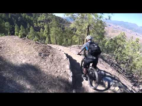 Mountain biking on Chira Trail - Gran Canaria w/ Free Motion