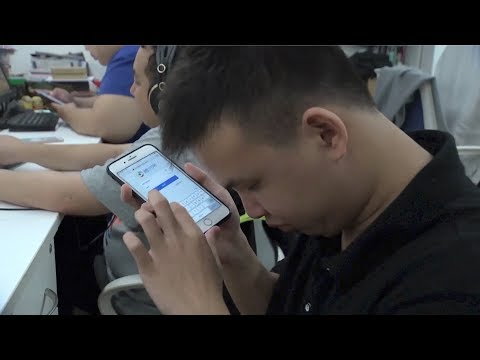Visually impaired people excel in IT Industry in south China