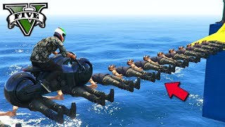 GTA V Online: TRILHA DE NPC com MOTOS NO MAR!! (BIZARRO)