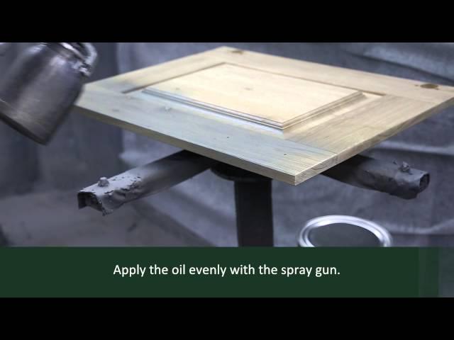 Rubio Monocoat Oil Plus 2C application on furniture (spraygun)