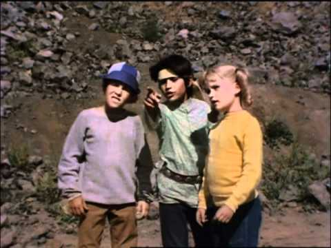 The Brady Bunch - Promise Not To Tell