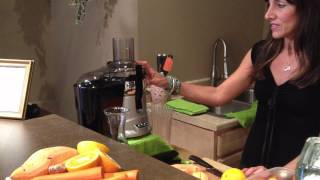 Fall Harvest Juice! /// Dawn Is Back! - Doin' It Raw With Dawn Manning Ep.12