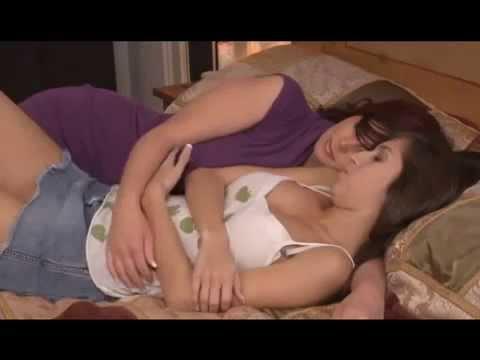 image Youtube lesbian kiss 11