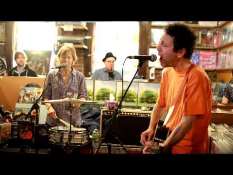 Yo La Tengo - Autumn Sweater (Live at...