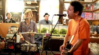 Yo La Tengo - Autumn Sweater (Live at Grimey