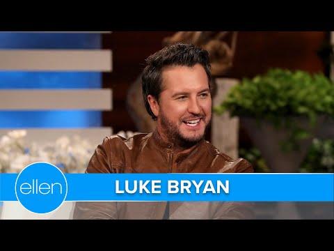 Luke-Bryan-Rocks-with-His-Elvis-Impression