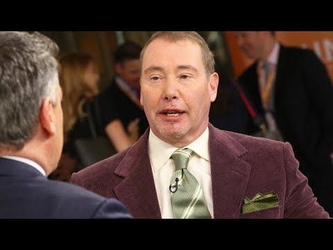 'Bond King' Jeffrey Gundlach says S&P 500 has already entered bear market