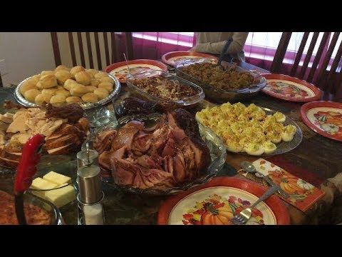 Mukbang | Thanksgiving Day Dinner With The Fam!! 💋