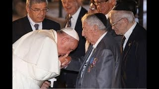 Video Papa Francisco besa la mano de Rockefeller ¿Nuevo orden mundial? 2017 #GHFILES download MP3, 3GP, MP4, WEBM, AVI, FLV Mei 2018