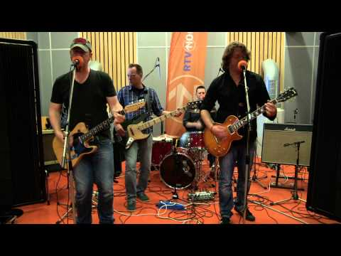 Taneytown - Ain't Your Fool Anymore (Live@CaféMartini)