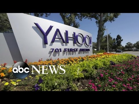 Hackers Attack Yahoo Users