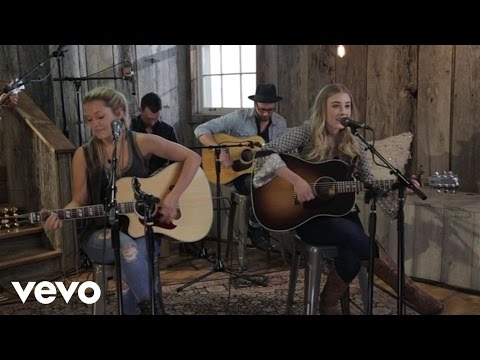 Maddie & Tae – Your Side Of Town