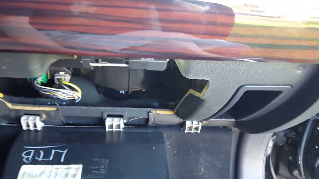 how to remove the glove box on lincoln mkz zephyr fusion and milan [ 1280 x 720 Pixel ]