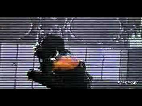 12 Marilyn Manson  Burning Flag Tokyo 2001