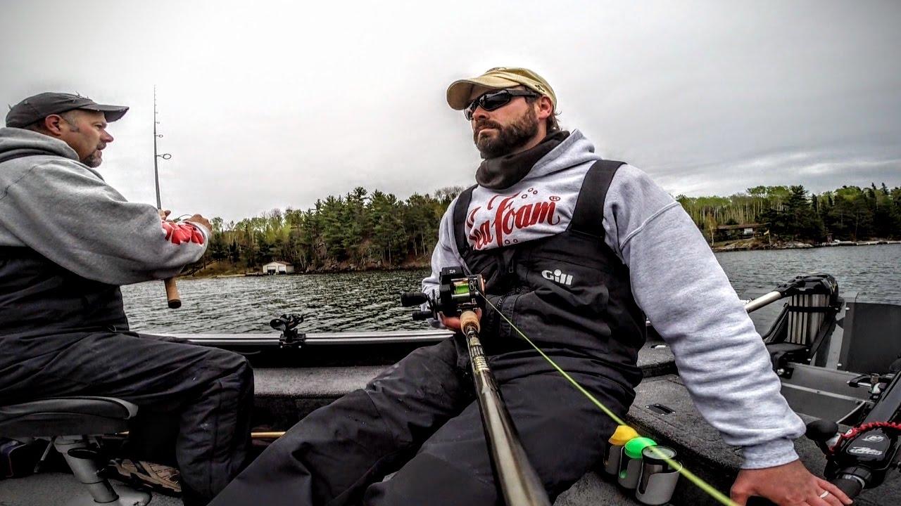 Best Rod & Reel for Trolling Lake Trout