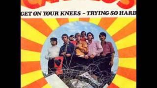 Los Canarios - Get on your knees